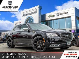 Used 2017 Chrysler 300 Platinum  - $187 B/W for sale in Abbotsford, BC