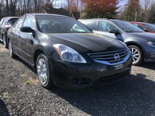 Used 2012 Nissan Altima ** 2,5 S ** for sale in Victoriaville, QC