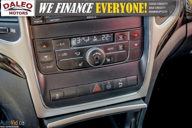 2012 Jeep Grand Cherokee Laredo / 4WD / LEATHER / PANO / HEATED SEATS Photo23