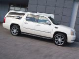 Photo of White 2010 Cadillac Escalade ESV