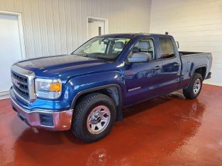 Used 2015 GMC Sierra 1500 W/T 4x4 for sale in Pembroke, ON