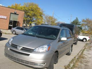 Used 2004 Toyota Sienna LE for sale in Toronto, ON