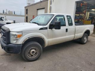 Used 2011 Ford F-250 XL for sale in Guelph, ON