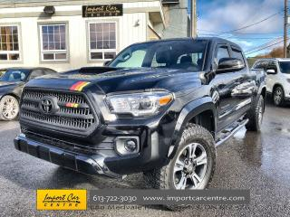 Used 2017 Toyota Tacoma SR5 AUTOMATIC  ROOF  NAVI  BLIS  HTD SEATS  BACKUP for sale in Ottawa, ON
