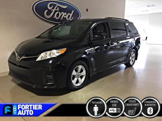 Used 2018 Toyota Sienna LE TA 8 places for sale in Montréal, QC