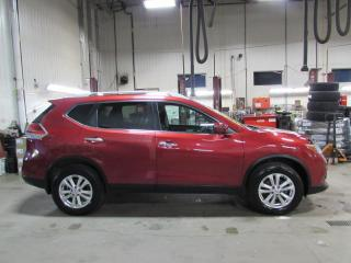 Used 2016 Nissan Rogue SV TECH AWD TOIT*CAMÉRAS*GPS for sale in Lévis, QC