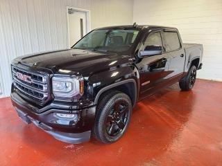 Used 2018 GMC Sierra 1500 SLE Crew 4X4 for sale in Pembroke, ON