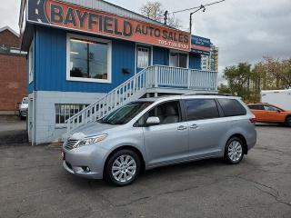 Used 2017 Toyota Sienna XLE AWD **Leather/Sunroof/Navigation** for sale in Barrie, ON