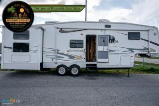 Used 2006 Forest River Cedar Creek Silverback 33LBHTS for sale in Guelph, ON
