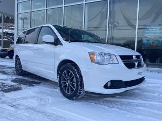 Used 2017 Dodge Grand Caravan SXT PREMIUM PLUS PORTE ELECTRIQUE for sale in Ste-Agathe-des-Monts, QC