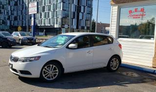 Used 2012 Kia Forte5 EX for sale in Oshawa, ON