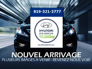 Used 2010 Hyundai Accent Hayon 3 portes, boîte manuelle, L for sale in Val-David, QC