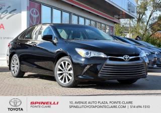 Used 2016 Toyota Camry XLE CUIR, TOIT, MAGS, GPS for sale in Pointe-Claire, QC
