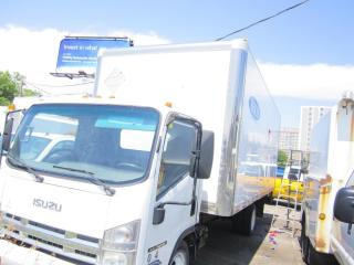 Used 2010 Isuzu NRR 20 ft with sied door diesel for sale in North York, ON