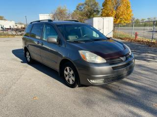 Used 2004 Toyota Sienna LE for sale in North York, ON