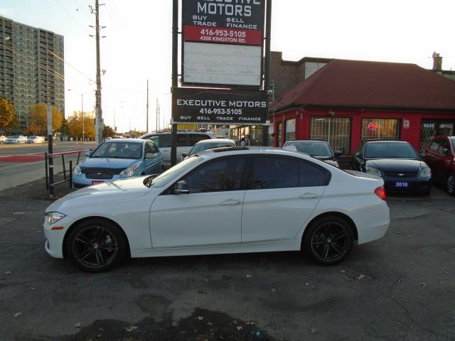 2015 BMW 3 Series 328i xDrive/ NO ACCIDENT/ M-SPORT / LOADED / AWD /