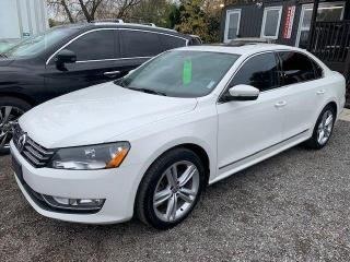Used 2014 Volkswagen Passat HIGHLINE for sale in Oshawa, ON
