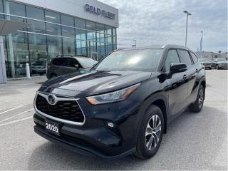 Used 2020 Toyota Highlander XLE for sale in North Bay, ON