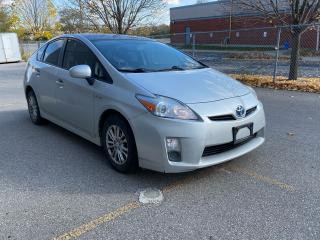 Used 2010 Toyota Prius V with solar sunroof for sale in North York, ON