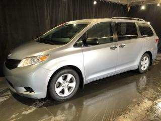 Used 2015 Toyota Sienna **7 PASSAGERS/MAGS** for sale in St-Eustache, QC