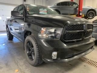 Used 2017 RAM 1500 EXPRESS CREW CAB 4X4 HEMI A/C MAGS 20P for sale in St-Hubert, QC