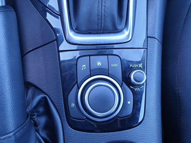 2016 Mazda MAZDA3 GX Photo16