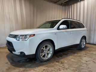 Used 2014 Mitsubishi Outlander SE TOURING, Traction intégrale (7 PASSAG for sale in Sherbrooke, QC