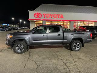 Used 2016 Toyota Tacoma TRD Double Cab 4X4 for sale in Cambridge, ON
