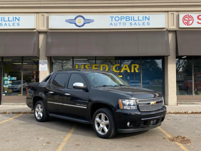 2011 Chevrolet Avalanche LTZ Leather, Roof, DVD