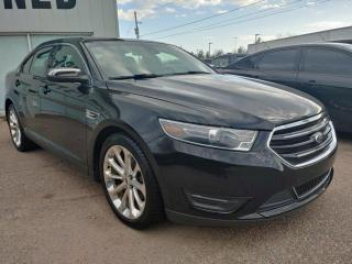Used 2019 Ford Taurus LIMITED for sale in Pembroke, ON