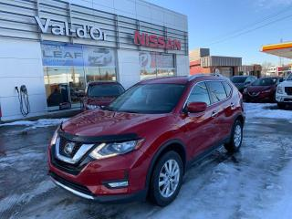 Used 2017 Nissan Rogue SV AWD for sale in Val-d'Or, QC