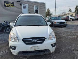 Used 2009 Kia Rondo EX for sale in Stittsville, ON