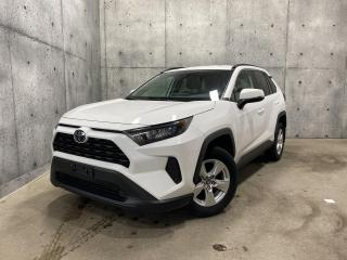 Used 2019 Toyota RAV4 LE AWD * GARANTIE * BLUETOOTH * CAMERA * SIEGES CHAUFFANT for sale in St-Nicolas, QC