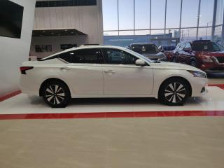 Used 2020 Nissan Altima 2.5 SV berline TI for sale in St-Georges, QC