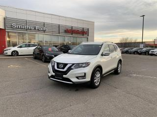 Used 2017 Nissan Rogue SV FWD CVT for sale in Smiths Falls, ON