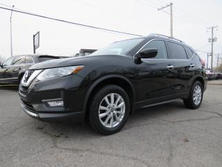 Used 2017 Nissan Rogue SV AWD CAMERA MAGS BLUETOOTH SIEGES CHAUFFANTS for sale in St-Eustache, QC