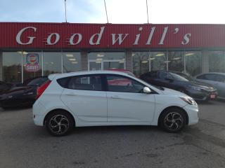 Used 2014 Hyundai Accent GL! MANUAL! CLEAN CARPROOF! for sale in Aylmer, ON