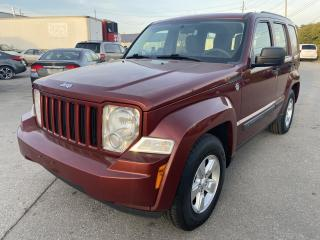 Used 2009 Jeep Liberty sport 4wd for sale in Oakville, ON