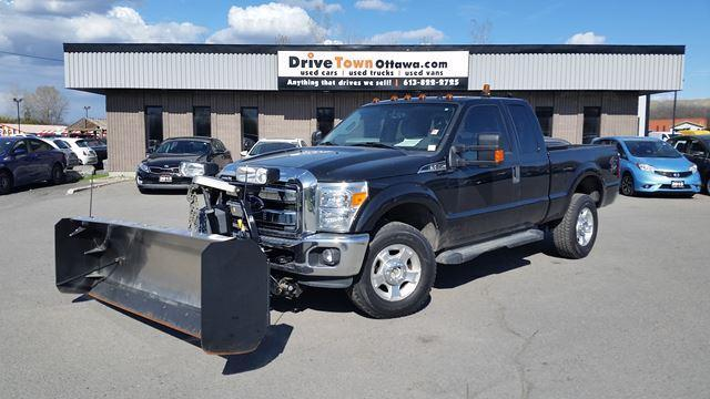 2015 Ford F-250 Super Duty XLT SUPER CAB 4X4 **STAINLESS STEEL FISHER PLOW INCLUDED**