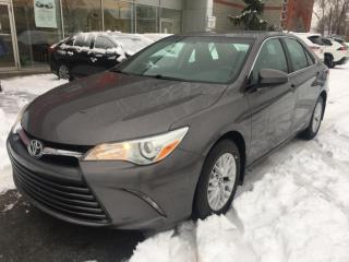 Used 2016 Toyota Camry for sale in Longueuil, QC