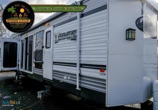 Used 2015 Forest River Wildwood Lodge 407REDS for sale in Guelph, ON