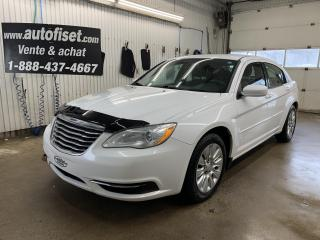 Used 2012 Chrysler 200 4dr Sdn LX  $40.51 pae semaine +taxes for sale in St-Raymond, QC
