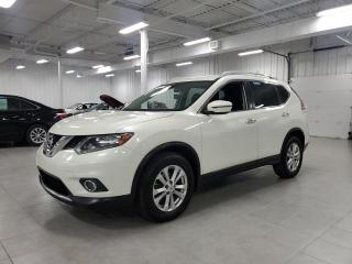 Used 2016 Nissan Rogue SV AWD - CAMERA + JAMAIS ACCIDENTE !!! for sale in Saint-Eustache, QC