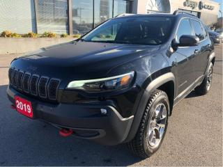 Used 2019 Jeep Cherokee Trailhawk 4x4 V6 w/Leather, Sunroof, Navi, Tow Pac for sale in Hamilton, ON