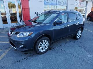 Used 2016 Nissan Rogue SV+TOIT-BAS MILLAGE for sale in Val-d'Or, QC
