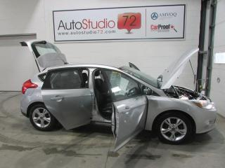 Used 2012 Ford Focus Hayon SE 2.0L **AUTOMATIQUE**MAGS** for sale in Mirabel, QC