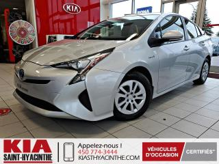Used 2017 Toyota Prius HYBRID / CAMÉRA DE RECUL for sale in St-Hyacinthe, QC