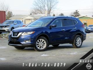 Used 2017 Nissan Rogue SV AWD, TECH, TOIT, CAMÉRA! for sale in Magog, QC
