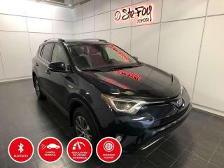 Used 2017 Toyota RAV4 HYBRIDE - XLE - TOIT OUVRANT for sale in Québec, QC