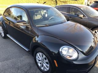 Used 2015 Volkswagen Beetle 1.8 TSI Trendline Auto with Alloy Wheels and Pwr Windows, Air and Keyless Entry! for sale in Kemptville, ON